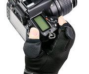 寒冷地での撮影をサポートするカメラ用グローブ「カメラマングローブ Grip Hot Shot」を発売いたします