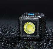 手のひらサイズで1500ルーメンの驚異的なパワー、撮影用防水型LEDライト「LUME CUBE」発売