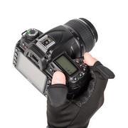防寒性がさらにUP!グリップ力抜群の撮影用グローブ「カメラマングローブ Grip Hot Shot III」発売