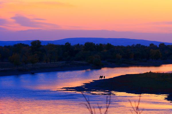 额尔齐斯河日落