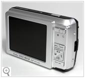 大画面3.0インチ高精細液晶モニタを採用