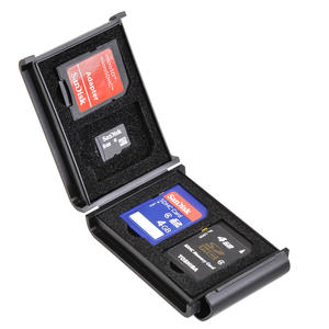 SDメモリーカードケースAS 4枚収納の収納例