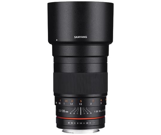135mm F2.0 ED UMCの製品画像