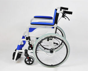 自走兼介助式車椅子 KW-01AL画像01